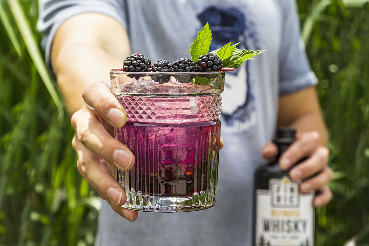 FINRIC Blackberry - Whisky Cocktail