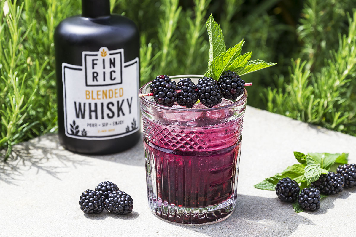 FINRIC Blackberry - Whisky Cocktail - Sommerdrink