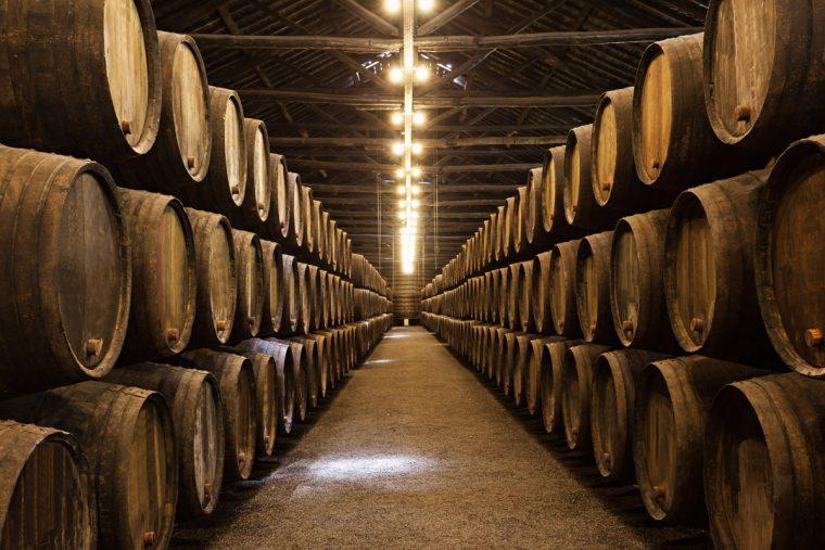 Whiskyfässer im Lager - Angel´s Share